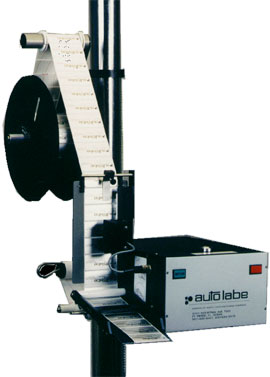 Wipe-On Automatic Label Applicator